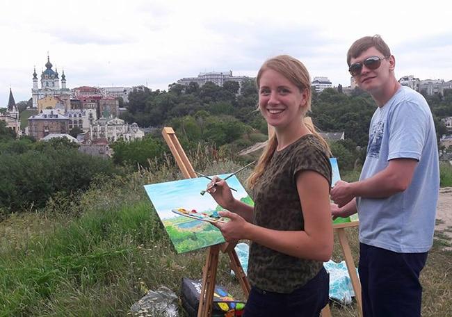 Рисование на замковой горе
