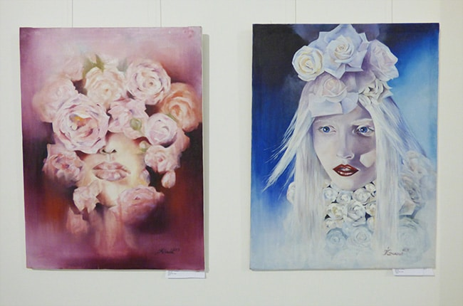 выставка с картинами